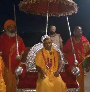 અખાડા પરિષદ: સંત કન્હૈયા પ્રભુનંદ ગિરિ પહેલા દલિત મહામંડલેશ્વર