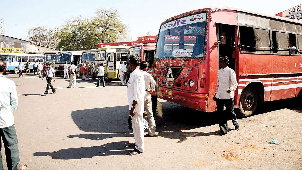 ગુજરાતમાં એસટીના પાંચમી ફેબ્રુઆરીથી પૈડા થંભી જશેઃ ડ્રાઈવર-કંડકટો હડતાલની ચીમકી