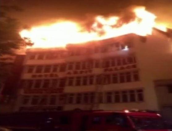 દિલ્હીના કરોલબાગની હોટલમાં ભીષણ આગમાં 17 લોકોના મોત