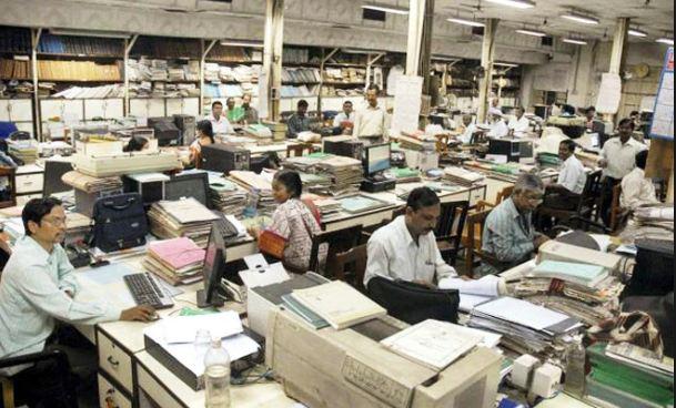 અડધી વસ્તીનું ભારતની અર્થવ્યવસ્થામાં નગણ્ય યોગદાન!
