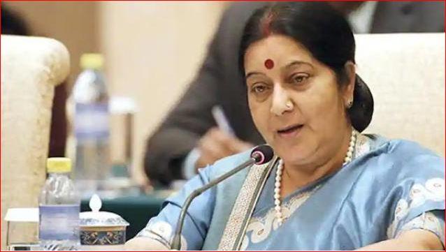 ઈમરાન ખાન આટલા ઉદાર હોય, તો મસૂદ અઝહરની ભારતને કરે સોંપણી: સુષ્મા સ્વરાજ