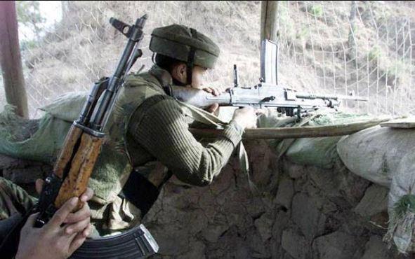કાશ્મીર: પુંછના કરની સેક્ટરમાં પાકિસ્તાન દ્વારા ફાયરિંગ, ગોળીબારમાં એસપીઓ ઘાયલ