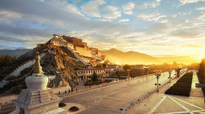 આધ્યાત્મિક નેતા દલાઈ લામાની હિજરત બાદ તિબેટની જીડીપીમાં 191% વધ્યા: ચીન