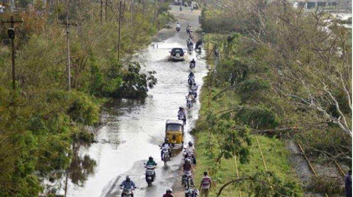 નેપાળમાં વરસાદ અને ભીષણ વાવાઝોડાંને કારણે તબાહી, 31ના મોત, 400 ઘાયલ