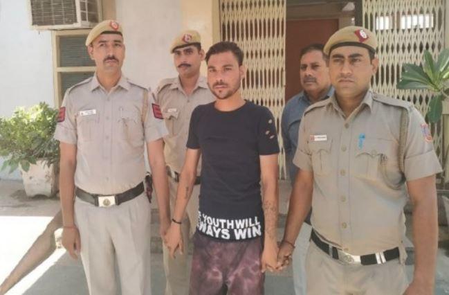 દિલ્હી પોલીસના SIની મારી-મારીને થઇ હત્યા, આરોપીની ધરપકડ