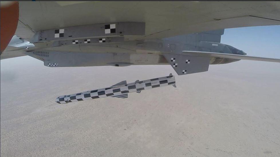 Su-30 MKI દ્વારા ભારતીય વાયુસેનાએ બ્રહ્મોસ એર વર્ઝન મિસાઈલનું કર્યું સફળ પરીક્ષણ