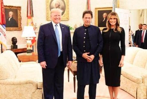 પાકિસ્તાનને અમેરિકાએ આપ્યો બીજો એક ઝટકોઃ અડધી કરી દીધી આર્થિક મદદ