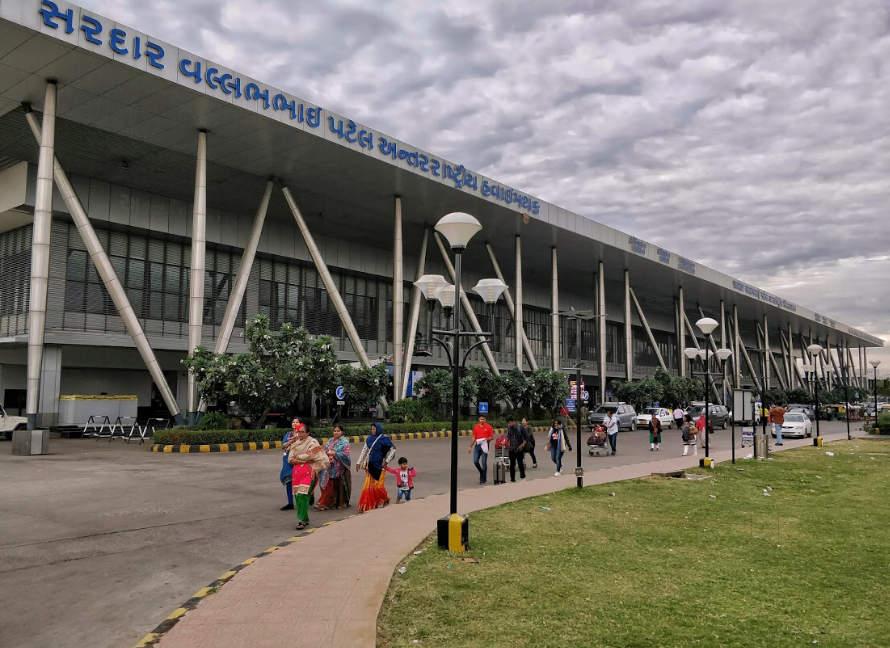 sardar-vallabhbhai-patel-airport-airport-ahmedabad-airport-0ymhhv3cdf