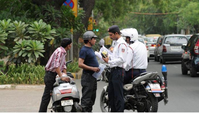 ટ્રાફિકના નિયમોનું ઉલ્લંઘન કરતા વાહનચાલકોએ હવે વીમા માટે વધુ પ્રીમિયમ ભરવું પડશે