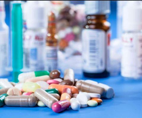 માત્ર એક મહીનામાં પાકિસ્તાનના હોશ ઠેકાણેઃ-ફાર્માસ્યુટિકલ ઉદ્યોગને ભારતમાંથી દવા આયાત કરવાની મંજૂરી