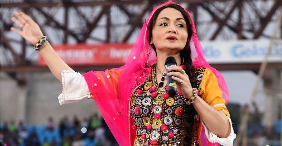 પાકિસ્તાનની ચર્ચિત સૂફી સિંગરે શાજિયા ખશ્કે ઈસ્લામની સેવામાં જિંદગી વિતાવવા માટે ગાવાનું છોડયું