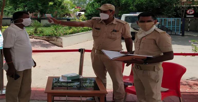 ગુજરાતના સ્ટેટ આઈબીમાં કોરોનાની એન્ટ્રી, પાંચ ઉચ્ચ અધિકારીઓ થયા સંક્રમિત