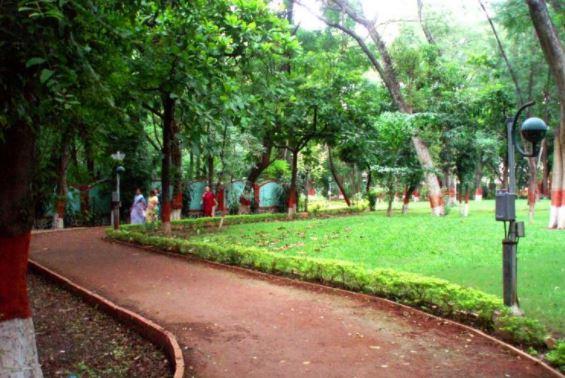 Ahmedabad garden 3