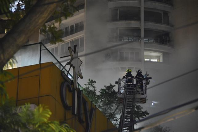 Huge Fire in Mumbai Central Mall, Two Firemen Injured