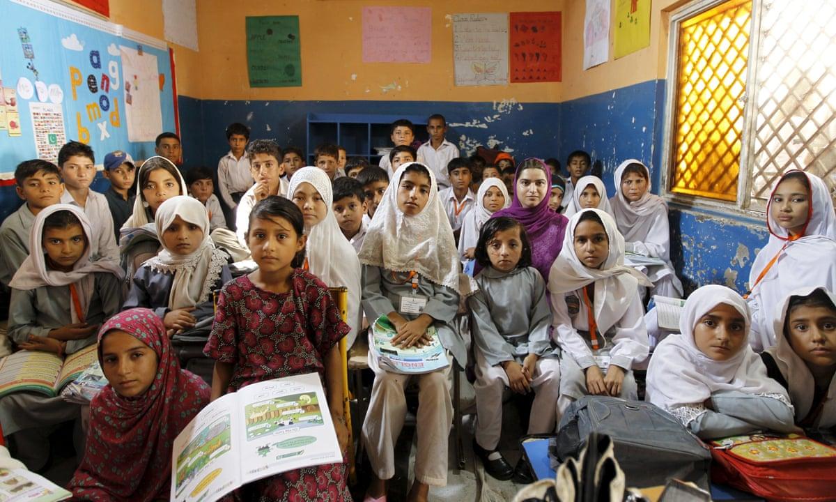 "Schools in Pakistan Teach Hindus are ""Kafirs"" and Jews ""Enemy of Islam"": Munir Mengal"