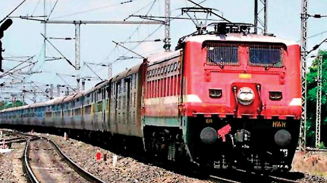 Don't worry about your luggage: Indian Railways to launch bags on wheels service