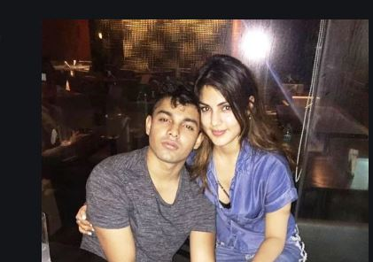 Sushant Death Case: Rhea Chakraborty, Two Others Granted Bail, Showik to Stay in Jail