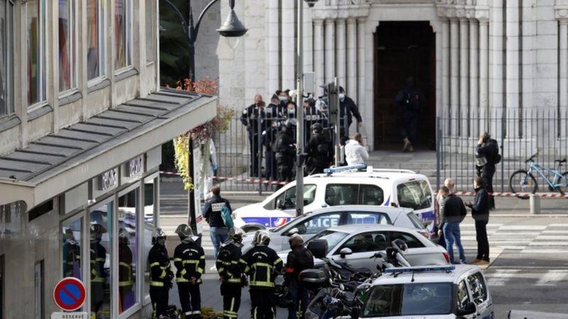 ફ્રાન્સમાં ચર્ચ પર હુમલો, મહિલાનું ગળું કાપી નાખવામાં આવ્યું, 3 લોકોની હત્યા
