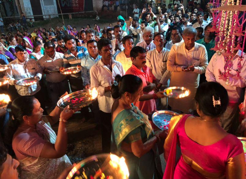 ગુજરાતમાં નવરાત્રિમાં માતાજીની મૂર્તિ-ગરબીની સ્થાપના કરીને પૂજા-અર્ચના કરી શકાશે