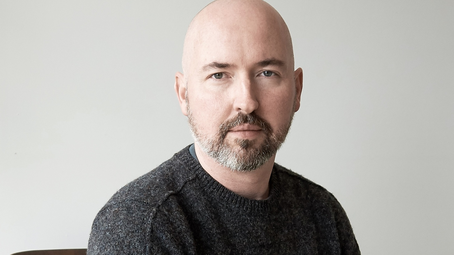 સ્કોટિશ-અમેરિકન લેખક ડગ્લાસ સ્ટુઅર્ટને 2020નો બૂકર પુરસ્કાર એનાયત કરાયો