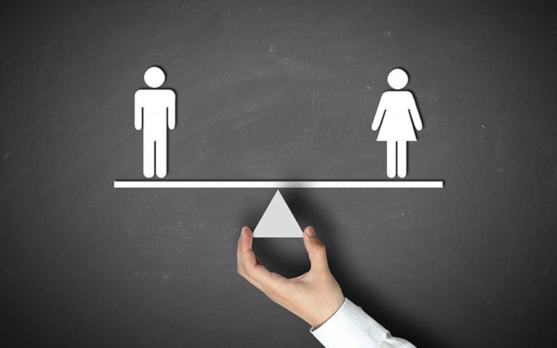 સ્ત્રી પુરુષ સમોવડી છે કે નહીં? પણ સ્ત્રી-પુરુષ એક સમાન અને એક જ શક્તિ છે