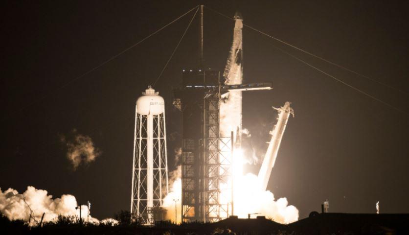 નાસાએ સ્પેસએક્સ સાથે મળીને ઇતિહાસ રચ્યો, ચાર અવકાશ યાત્રી ISS માટે થયા રવાના