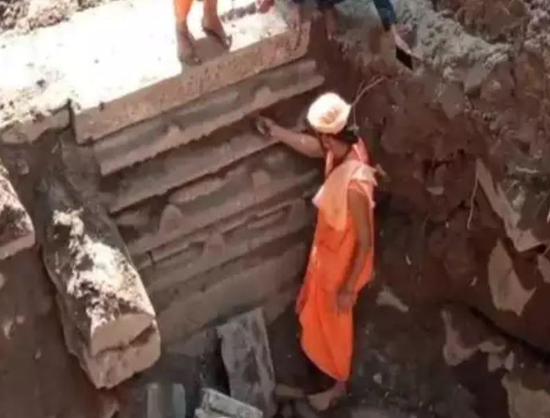 ઉજ્જૈન: મહાકાળના મંદિર નીચે વધુ એક મંદિર મળ્યું, કેન્દ્રની ટીમે કર્યું નિરીક્ષણ