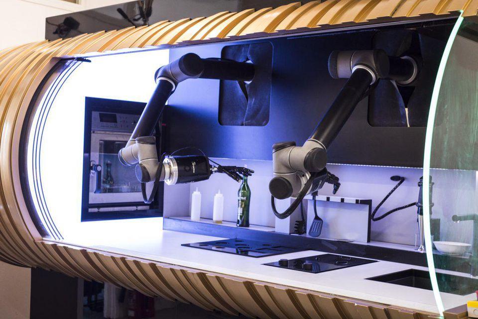 બ્રિટનની કંપનીએ તૈયાર કર્યુ રોબોટિક કીચન, તમામ પ્રકારના કામ કરવા માટે સક્ષમ
