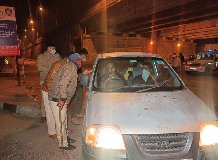 ગુજરાતમાં સ્થાનિક સ્વરાજ્યની ચૂંટણીને પગલે પોલીસ એલર્ટ, સઘન પેટ્રોલીંગ