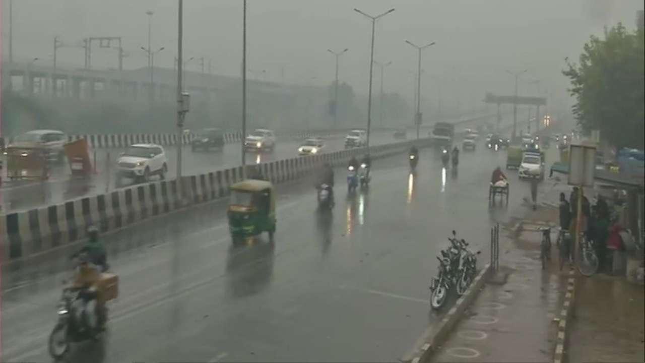 947361-947229-delhi-rain