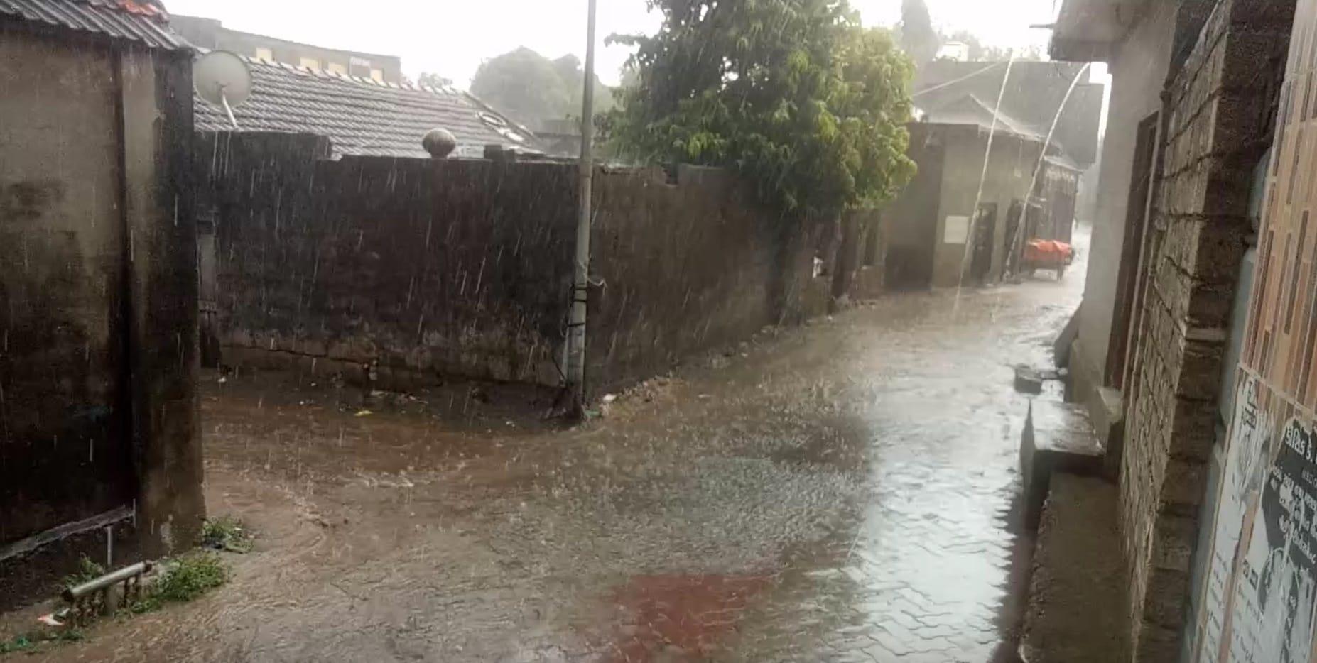 Rain-Junagadh_2