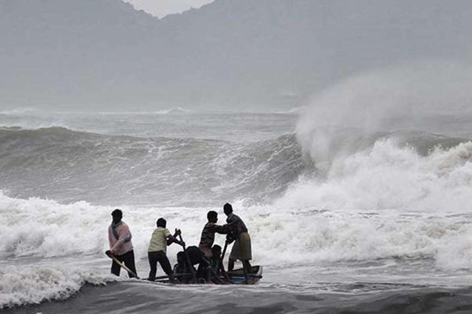 પશ્ચિમી દરિયાકાંઠે આવતુ તૌકાતે વાવાઝોડુ, હવાઈમથકોએ તમામ તકેદારીના પગલા લીધા