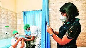 કોરોનાની વેક્સિન મેળવવાની બાબતમાં ગુજરાત મોખરેઃઅત્યાર સુધી 3 કરોડથી વધુ લોકોએ વેક્સિન લીધી