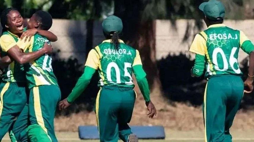 આંતરરાષ્ટ્રીય ક્રિકેટમાં નોંધાયો રેકોર્ડ, સ્પેલની 4 ઑવર મેઇડન ફેંકી 4 વિકેટ ઝડપી