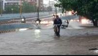 અમદાવાદમાં આખી રાત વરસ્યો વરસાદ, શહેરમાં આ સિઝનનો અંદાજે 25 ઈંચ વરસાદ
