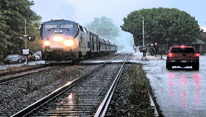 સૌરાષ્ટ્રમાં ભારે વરસાદને લીધે ટ્રેન વ્યવહાર બન્યો પ્રભાવિત