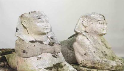 બ્રિટેનમાં સામાન્ય દેખાતી મૂર્તિઓએ વૃદ્ધ દંપતિને બનાવી દીધું કરોડપતિ