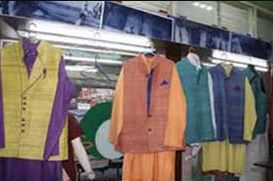 ગુજરાતઃ ગાંધીજ્યંતિના દિવસે ખાદીના વેચાણમાં થયો વધારો, અગાઉના રેકોર્ડ તૂટ્યાં